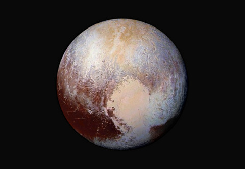 pluto-in-false-color-new-horizons